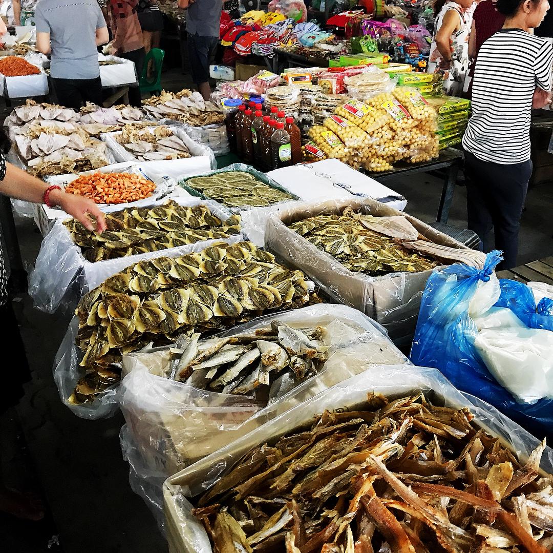 hình ảnh cho chợ hải sản cửa lò