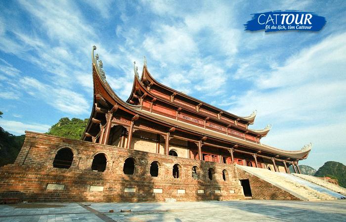 Điện Tam Thế chùa Tam Chúc