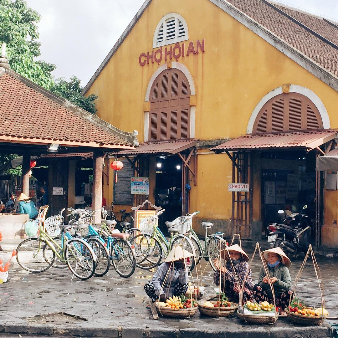 Best Places for Shopping in Hoi An - Hoi An Central Market