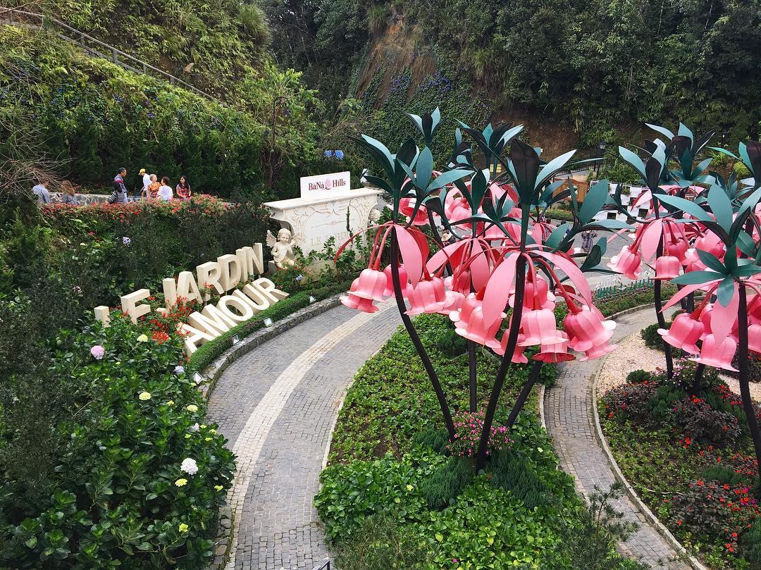 Làng hoa D' Amour trên Bà Nà Hills