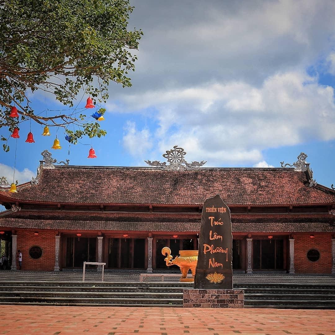 chùa ở miền tây