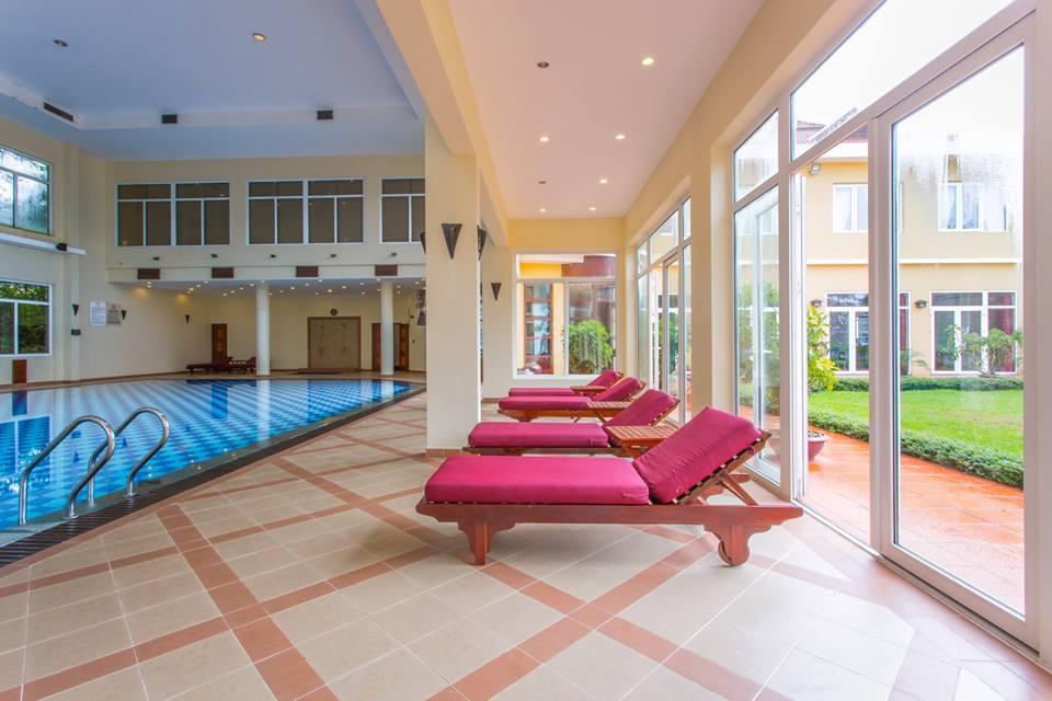 Hồ bơi trong nhà ở Victoria Sapa Resort & Spa