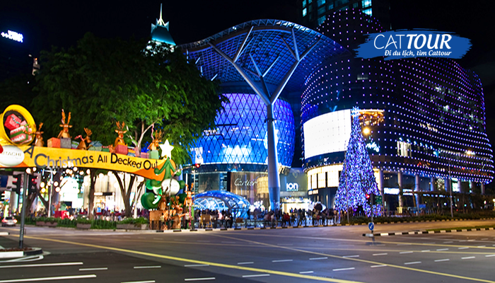 Orchard Road sầm uất