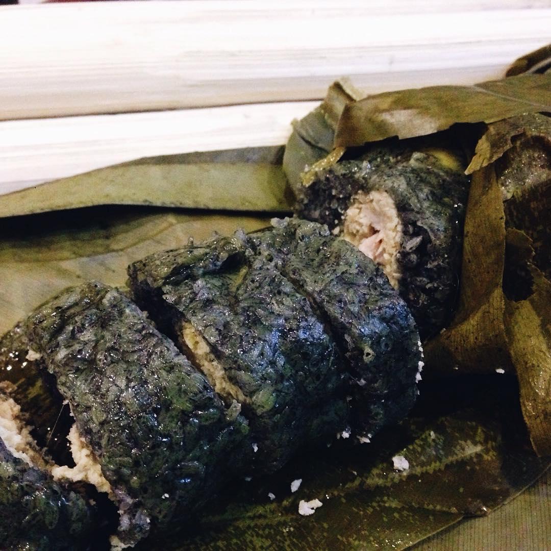 Bánh chưng đen - thứ đặc sản không thể thiếu trong ngày Tết ở Sapa