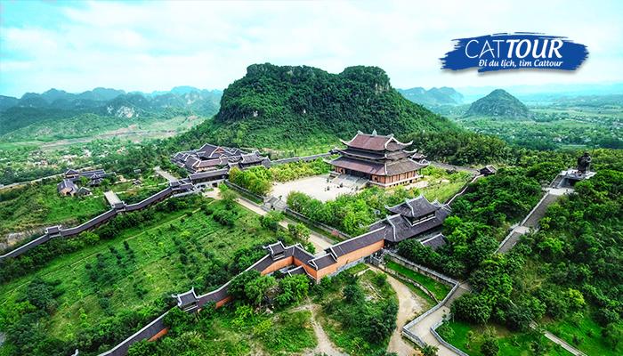 Toàn cảnh quần thể chùa Bái Đính nhìn từ trên cao