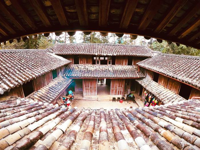 Có gì đặc biệt trong dinh thự nhà họ Vương tại Hà Giang? Căn dinh thự đặc  biệt nhất cao nguyên đá