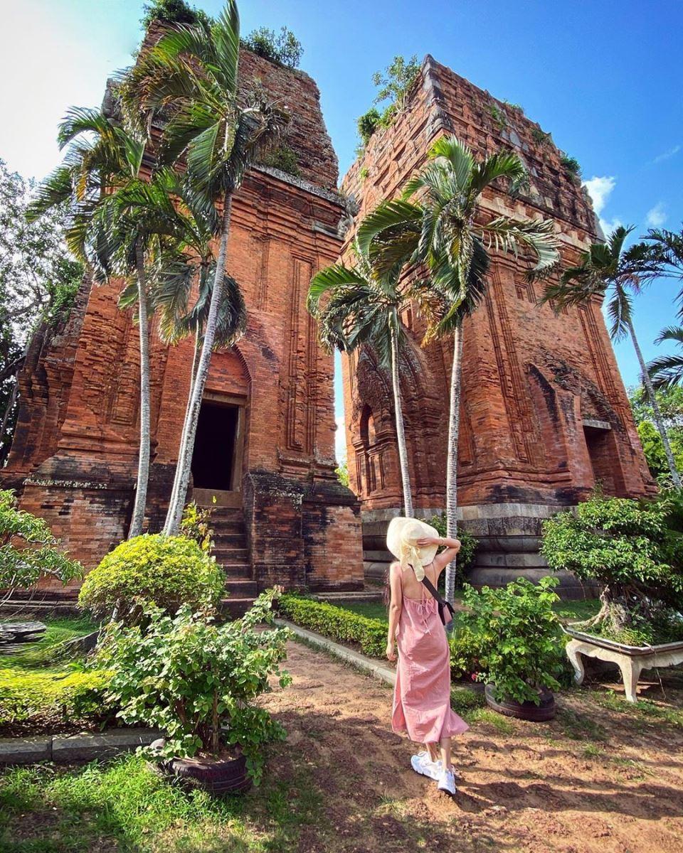 Những ngọn tháp Chăm Quy Nhơn Bình Định - điểm đến sống ảo, khám phá văn  hóa đặc sắc